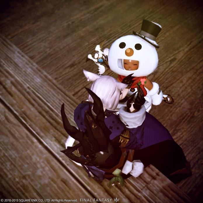 「雪だるまになれた喜びをユースに伝えるねこずきん」